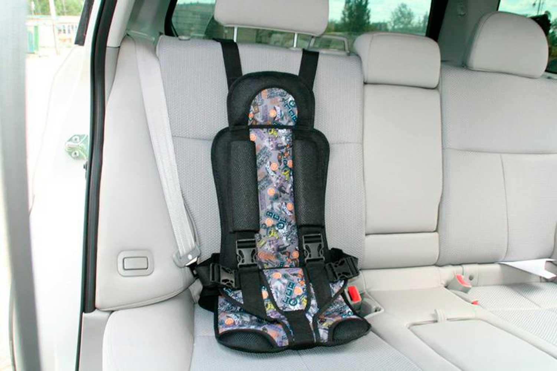 Покупая-детское-автомобильное-кресло